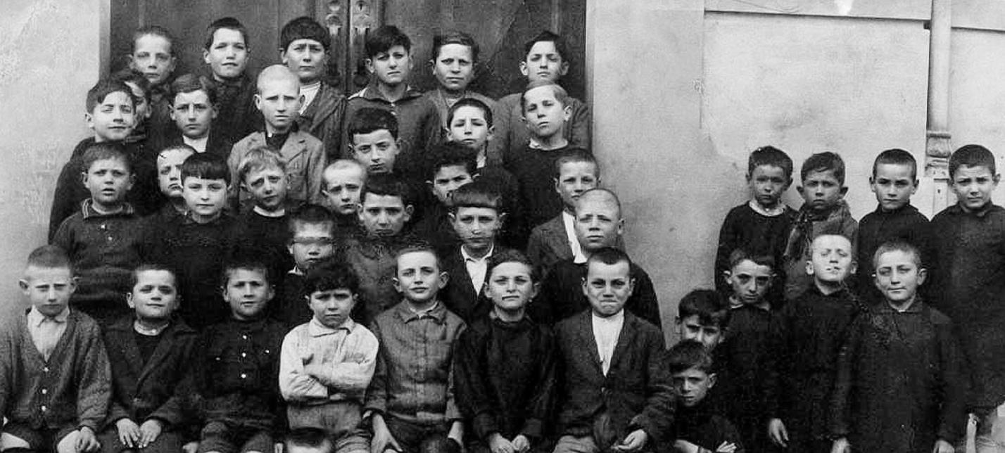 Gruppo scolastico anni 1929-30