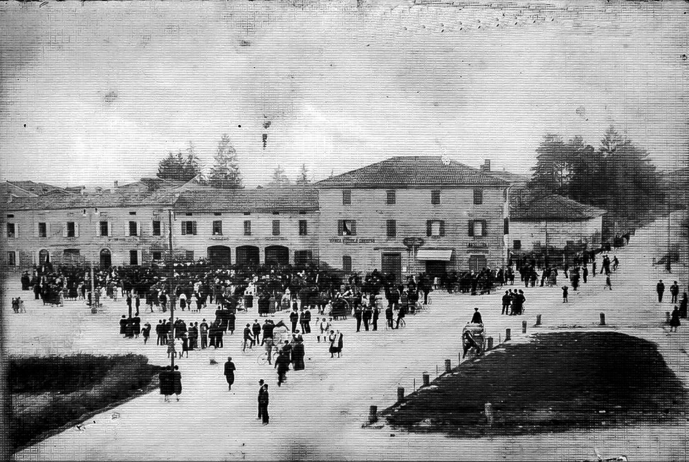 1917 Piazza Marconi