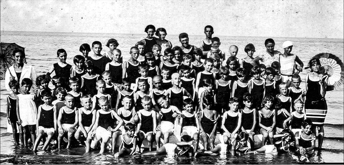 1927 Colonia marina