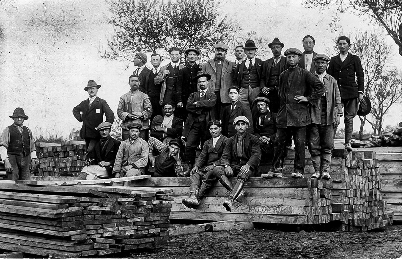1908 Costruendo la ferrovia