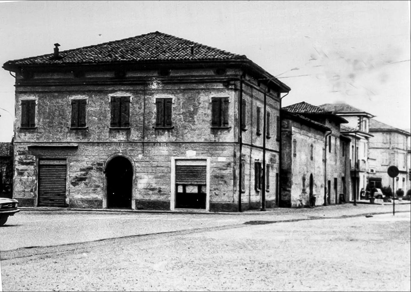 Dosso la vecchia piazza