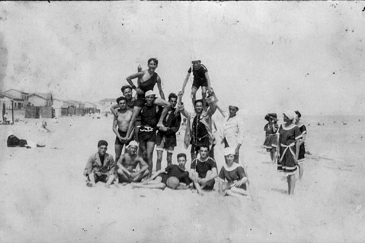 1919 spiaggia di Bellaria