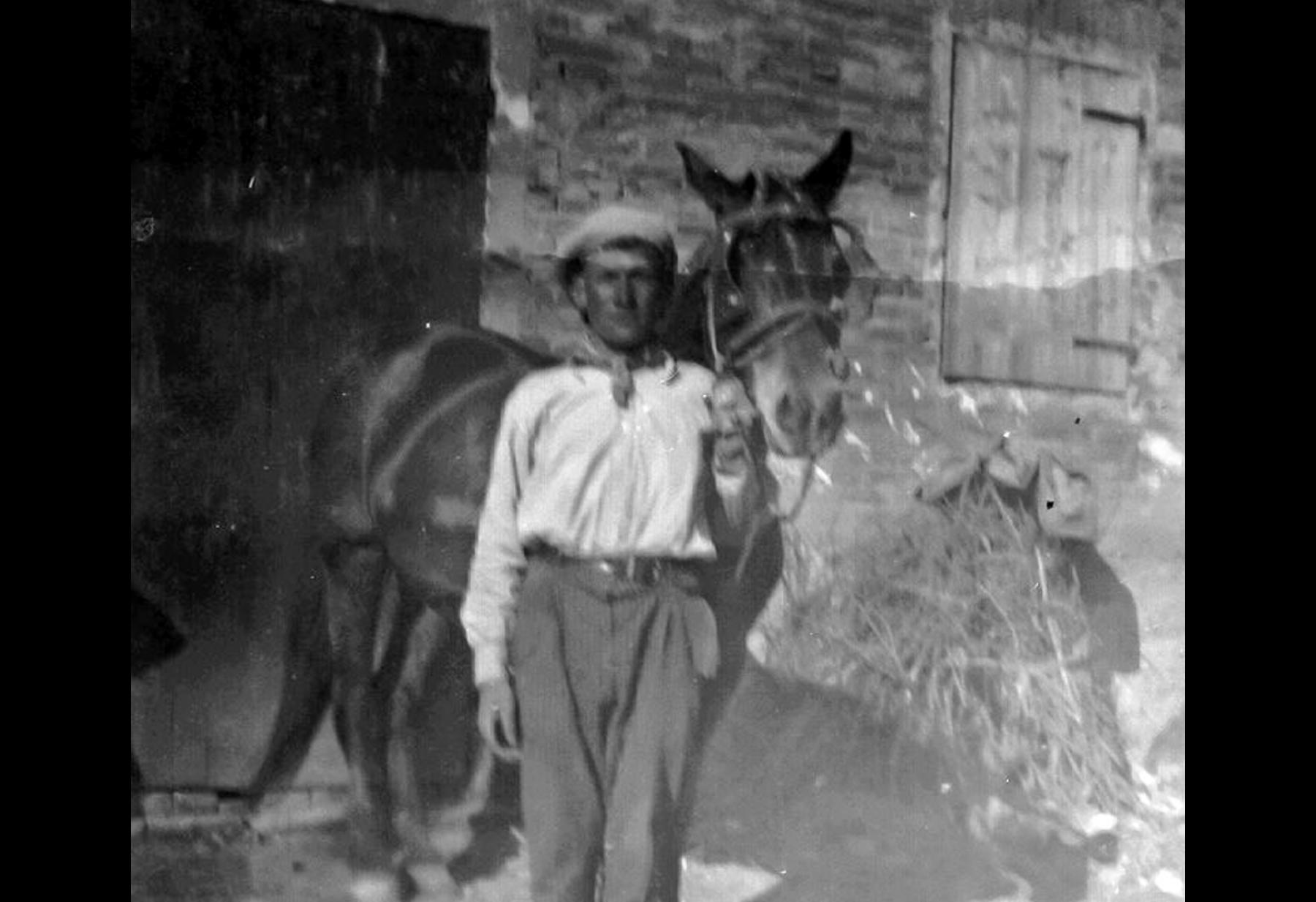 Ermanno Govoni e il cavallo Nello.