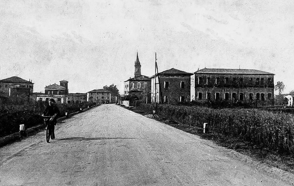 Cartolina della statale venendo da Ferrara