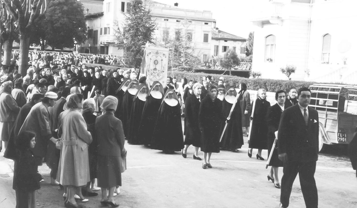 Processione del 17° centenario della nascita di S.Agostino