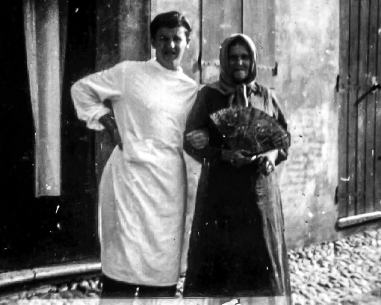 Franciosi Luigi – barbiere –  con la madre Pirani Brigida